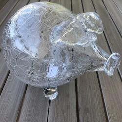 Pokladnička praskané sklenené prasiatko